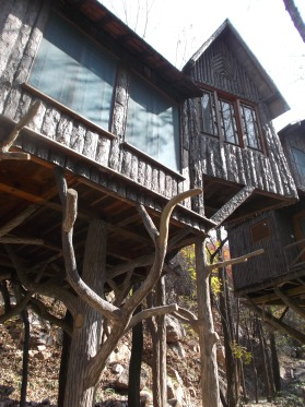You can stay in these tree houses
