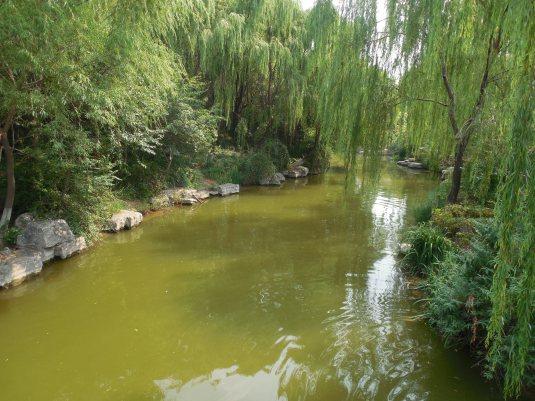 Daming Hu/Lake