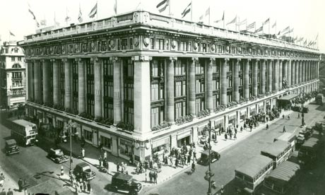 Oxford St. Selfridges in 1909