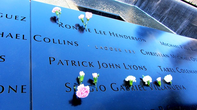 world-trade-center-memorial-271355_640