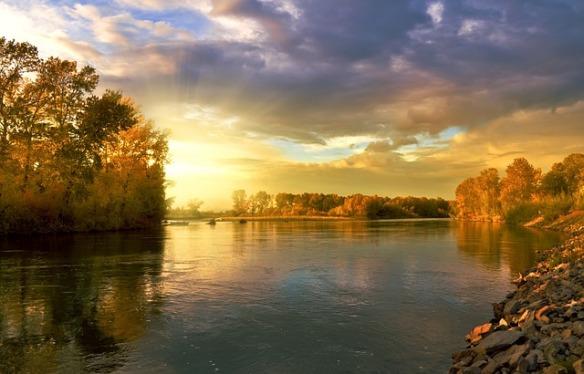 autumn-219972_640