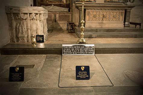 Shakespeare grave
