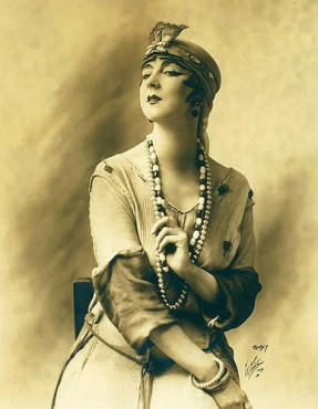 Ruth St. Denis, 1917