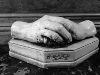 sculpture hands