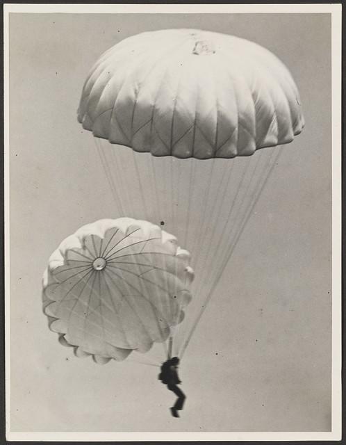 parachute smu 19142a8_z