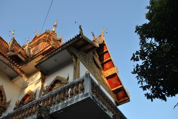 Thai eves o