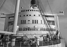 220px-Queen_Mary_forecastle1